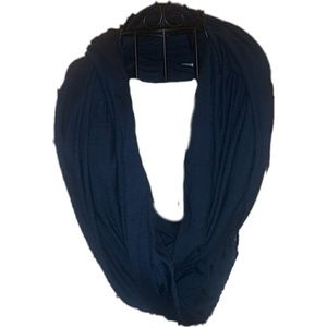 {CHARLOTTE RUSSE} Infinity Scarf